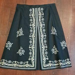 🌷2/$12 New York & Company skirt